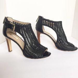 LOUISE et CIE Sheree Black Peep toe Woven Sandals
